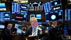 Wall Street amplía ganancias por los estímulos y Dow se dispara 1100 puntos
