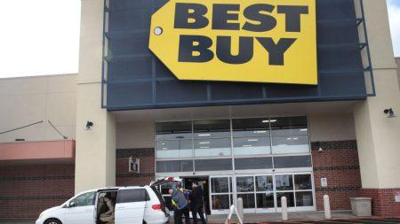 Compras de pánico, impulsadas por los medios, confunden a los consumidores mientras esperan orientación