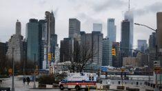 Nueva York extiende orden de permanecer en casa, tiene casi 1000 muertes por virus del PCCh