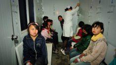 Reabren algunas escuelas chinas mientras la población teme por nuevos brotes del coronavirus
