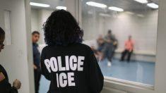 Juez federal libera a inmigrantes ilegales por temor al virus del PCCh