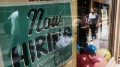 Otros 840,000 estadounidenses solicitaron el subsidio por desempleo la semana pasada