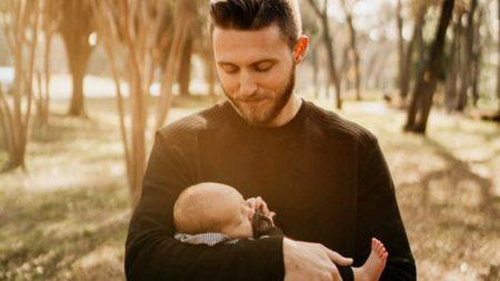 """""""Mi esposa es el verdadero milagro"""": esposo escribe carta agradeciendo por el nacimiento de su bebé"""