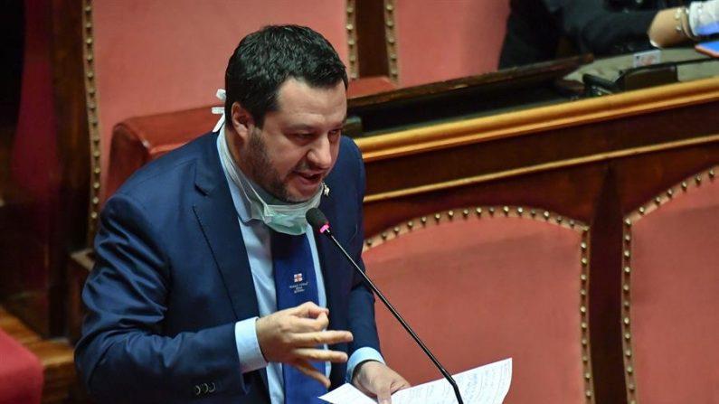 El líder del partido Liga de Italia, Matteo Salvini, habla en el Senado sobre el estado actual de la crisis del coronavirus, en Roma, Italia, 26 de marzo de 2020. (EFE/EPA/ALESSANDRO DI MEO)