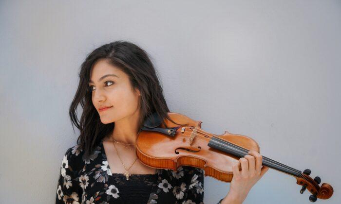 Deena Rizkalla es una de los muchos músicos profesionales de Nashville cuyo sustento se ha visto significativamente afectado por el virus del PCCh. (Cortesía de Deena Rizkalla)