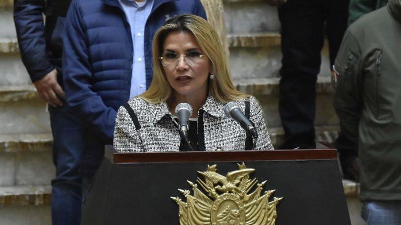 En la imagen, la presidente interina de Bolivia, Jeanine Añez. EFE/Str/Archivo