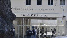 Reos se amotinan en cárcel afectada por el virus del PCCh en República Dominicana