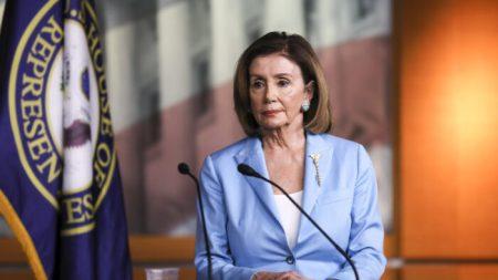 Cámara usará documentos digitales para combatir la propagación del virus, dice Pelosi