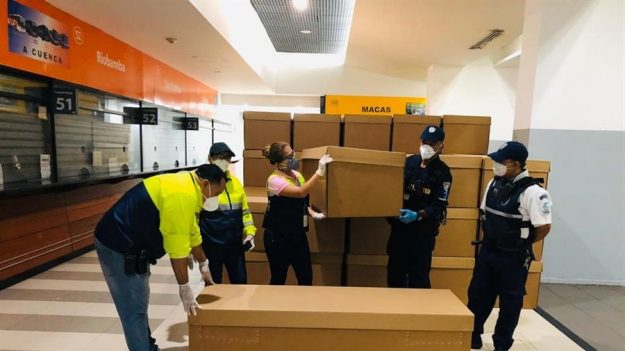 Municipio de Guayaquil entregará féretros de cartón en emergencia por el COVID-19