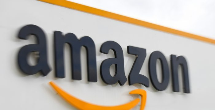 Amazon suspende la venta de mascarillas N95 al público