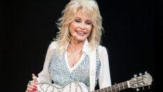 La legendaria cantante Dolly Parton dona un millón de dólares para investigar la cura para el COVID-19