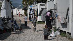 Grecia pone en cuarentena un campo de refugiados por 20 casos del virus del PCCh