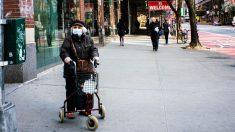 Nueva York: Hospitalizaciones por el virus caen por debajo de los 10,000, dice Cuomo
