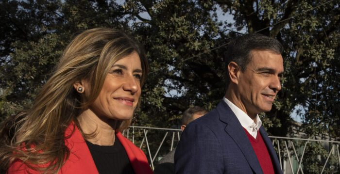 Análisis sobre la pandemia: allegados del primer ministro Español dieron positivo por Covid-19