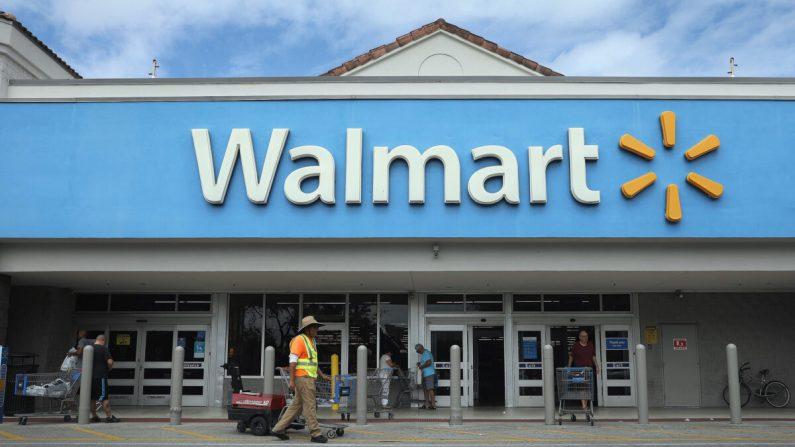 Una tienda Walmart en Miami, Florida, el 18 de febrero de 2020. (Joe Raedle/Getty Images)