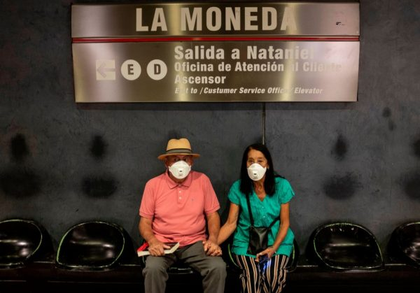 Chile supera los 5000 contagios del virus del PCCh y suma 43 fallecidos