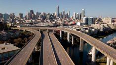 """California """"está haciendo mejor que lo pensado para aplanar la curva"""" del virus del PCCh, dicen expertos"""