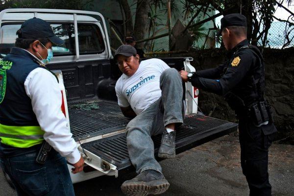 Cancelan por una semana la deportación de guatemaltecos desde EE.UU. por el virus del PCCh