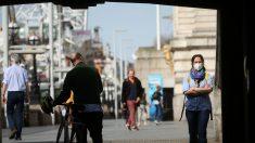 El Reino Unido registra 786 muertos por el virus del PCCh, su máximo en un día