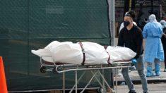 """""""En 50 años no vi nada como esto"""": casas funerarias de Nueva York trabajan a máxima capacidad"""