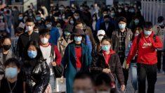 Mientras China levanta restricciones, crece el temor de una segunda oleada de brotes del virus