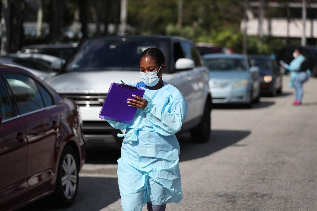 BP ofrece descuento en gas a trabajadores de atención médica del COVID-19