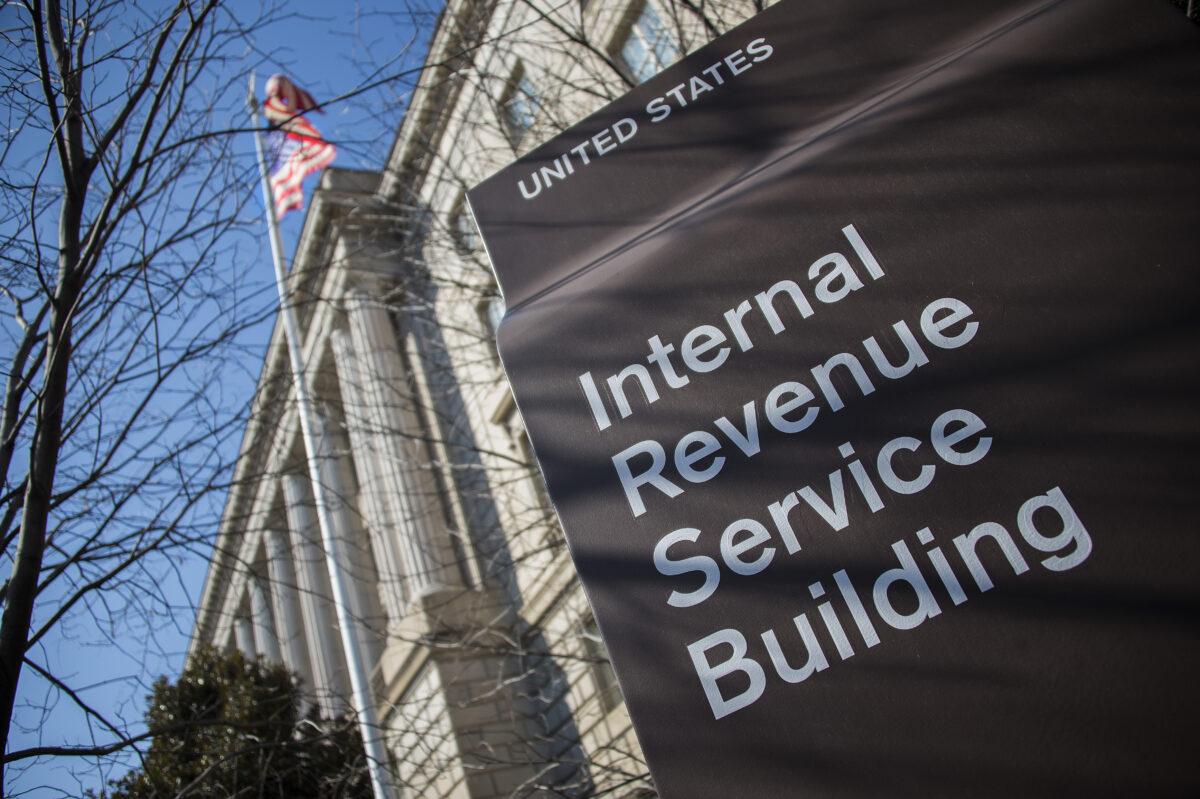 Beneficiarios de seguridad social de EE. UU. recibirán automáticamente cheques de ayuda del virus