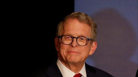 El gobernador de Ohio Mike DeWine dio negativo en el segundo test de COVID-19