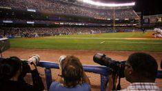 El fotógrafo de deportes del NY Post, Anthony Causi, muere por el virus del PCCh a los 48 años