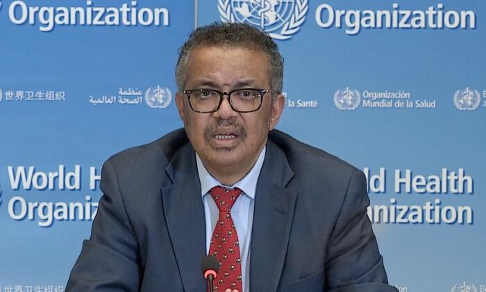El jefe de la Organización Mundial de la Salud, Tedros Adhanom Ghebreyesus, en la sede de la OMS, en Ginebra, el 6 de abril de 2020. (AFP a través de Getty Images)