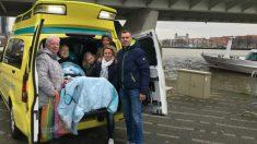 Voluntarios en ambulancias cumplen últimos deseos de más de 14,000 pacientes terminales gratis