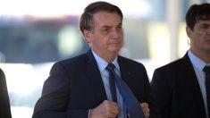 Bolsonaro permanecerá internado para tratar su obstrucción intestinal