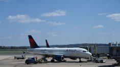 Delta Air Lines se enfrenta a una demanda colectiva por reembolso de boletos