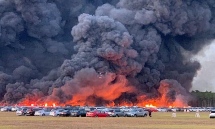 Incendio en Florida destruye 3500 coches de alquiler cerca de Fort Myers, dice funcionaria