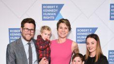 Nieta de Kennedy se fue con su familia para escapar de la pandemia, dice el marido