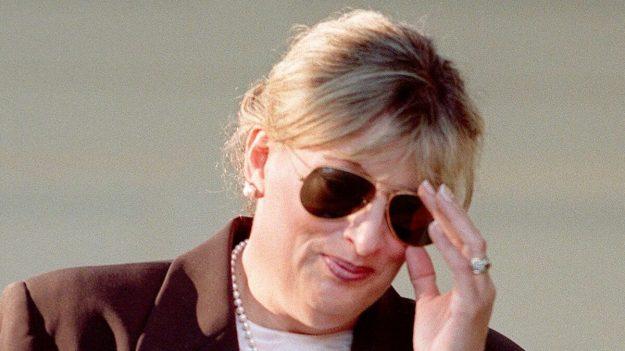 Linda Tripp, figura clave en impeachment de Bill Clinton, muere a los 70 años, informa su familia