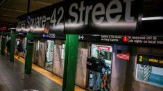 El metro de Nueva York aumenta un 50 % sus pasajeros respecto al mes pasado