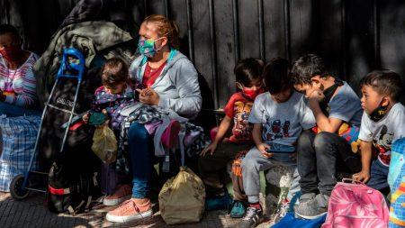 """Estudio: la cifra real de contagio de COVID-19 en Venezuela es """"seguramente mucho mayor"""""""