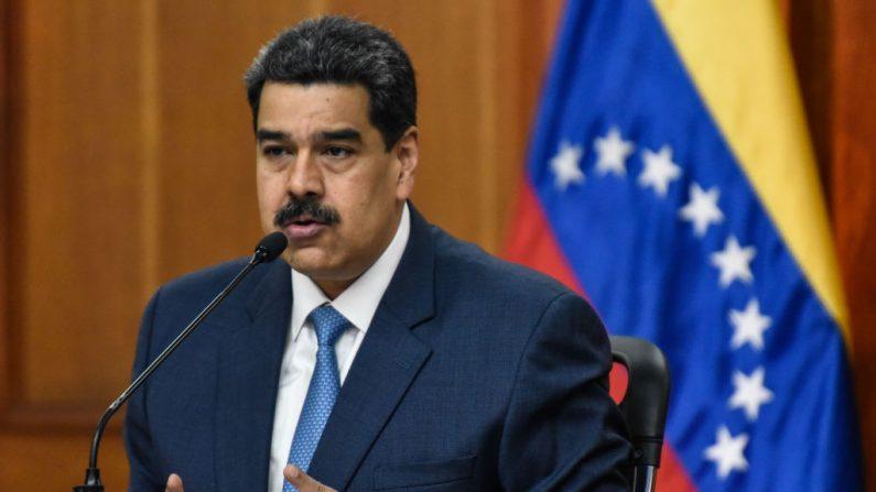 El líder socialista de Venezuela Nicolás Maduro habla durante una conferencia de prensa en el Palacio de Miraflores el 14 de febrero de 2020 en Caracas, Venezuela. (Carolina Cabral/Getty Images)