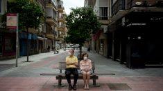 Las muertes diarias en España bajan a 213 y los contagios suben a 754