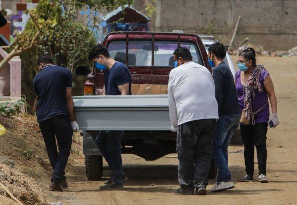 Se disparan las demandas de ataúdes en Nicaragua por COVID-19