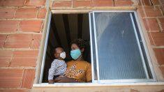 Bebé brasileño de cinco meses sobrevive al virus del PCCh después de 32 días en coma