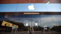 Barr regaña a Apple por supuesta falta de apoyo en desbloquear celulares del pistolero de Pensacola
