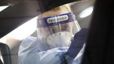 Expertos médicos recomiendan cautela al levantar restricciones por la pandemia del virus del PCCh