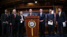 Legisladores republicanos presionan para investigar a Obama