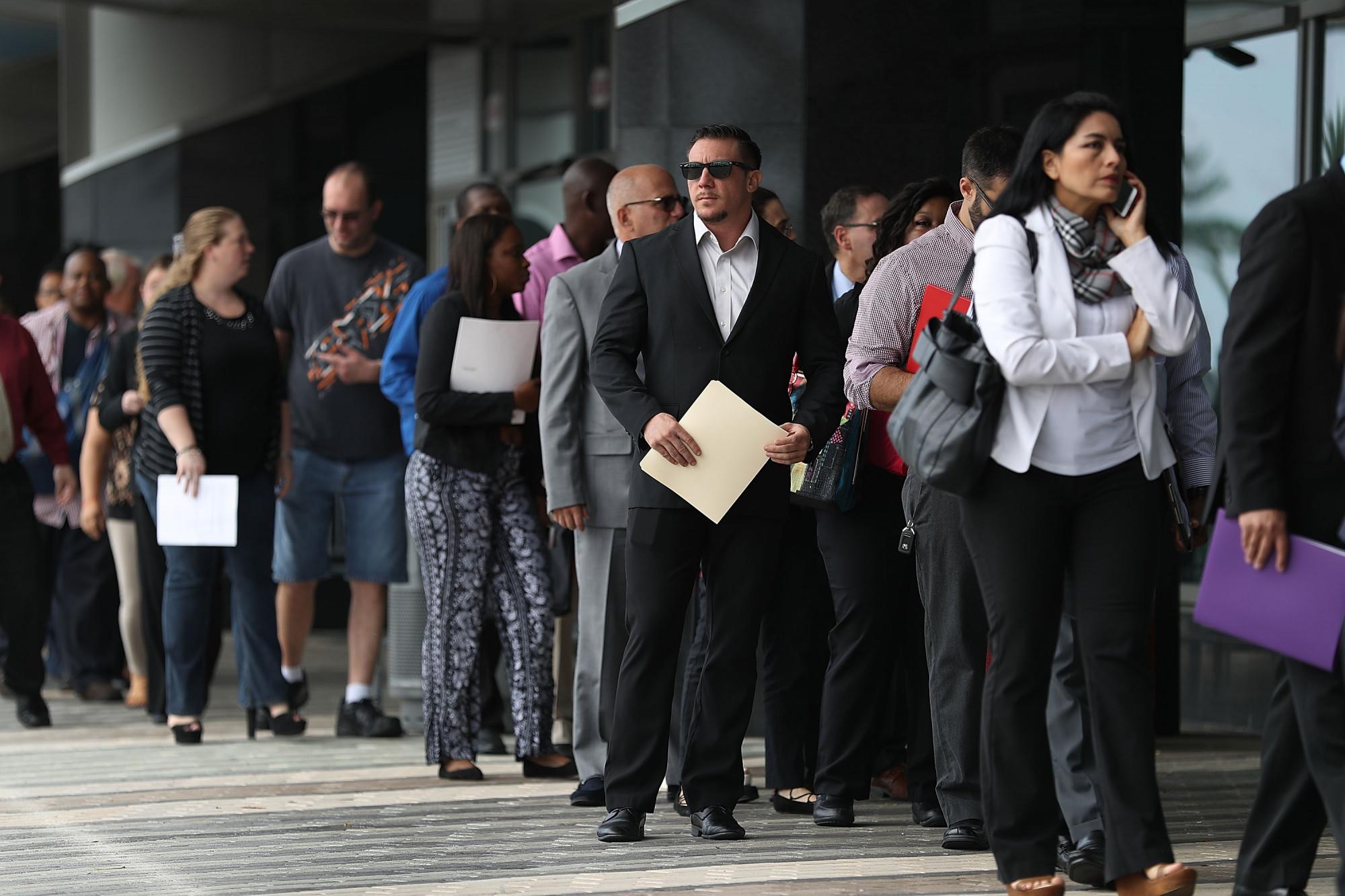 Florida crea 51,600 empleos en octubre y el desempleo baja al 6.5 %