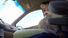 Embarazada da a luz a un bebé de 10 libras en el asiento de un auto: Video