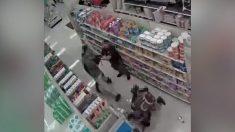 Compradores agreden a un empleado después de que este les pidiera usar mascarillas