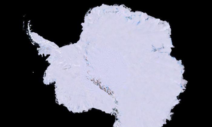 Antártida: este es el primer mapa de alta resolución, tridimensional y en color verdadero de la Antártida. (Imagen cortesía de USGS, NASA, National Science Foundation y British Antarctic Survey)