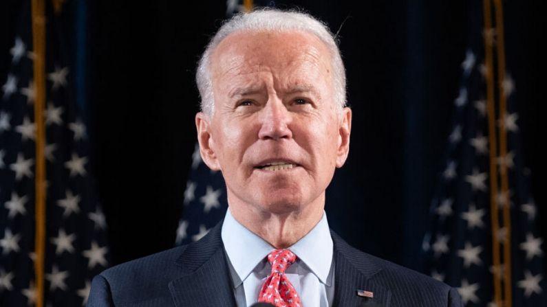 El exvicepresidente de Estados Unidos y aspirante a la presidencia demócrata Joe Biden habla sobre COVID-19, conocido como el coronavirus, durante un evento de prensa en Wilmington, Delaware, el 12 de marzo de 2020.  (SAUL LOEB/AFP vía Getty Images)
